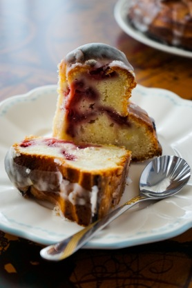 Strawberry Yogurt Bundt Cake (20)-1